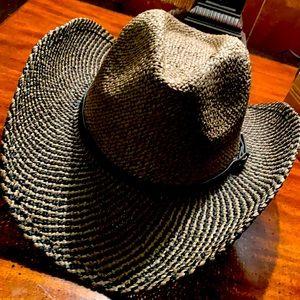 Shady summer straw raffia hat